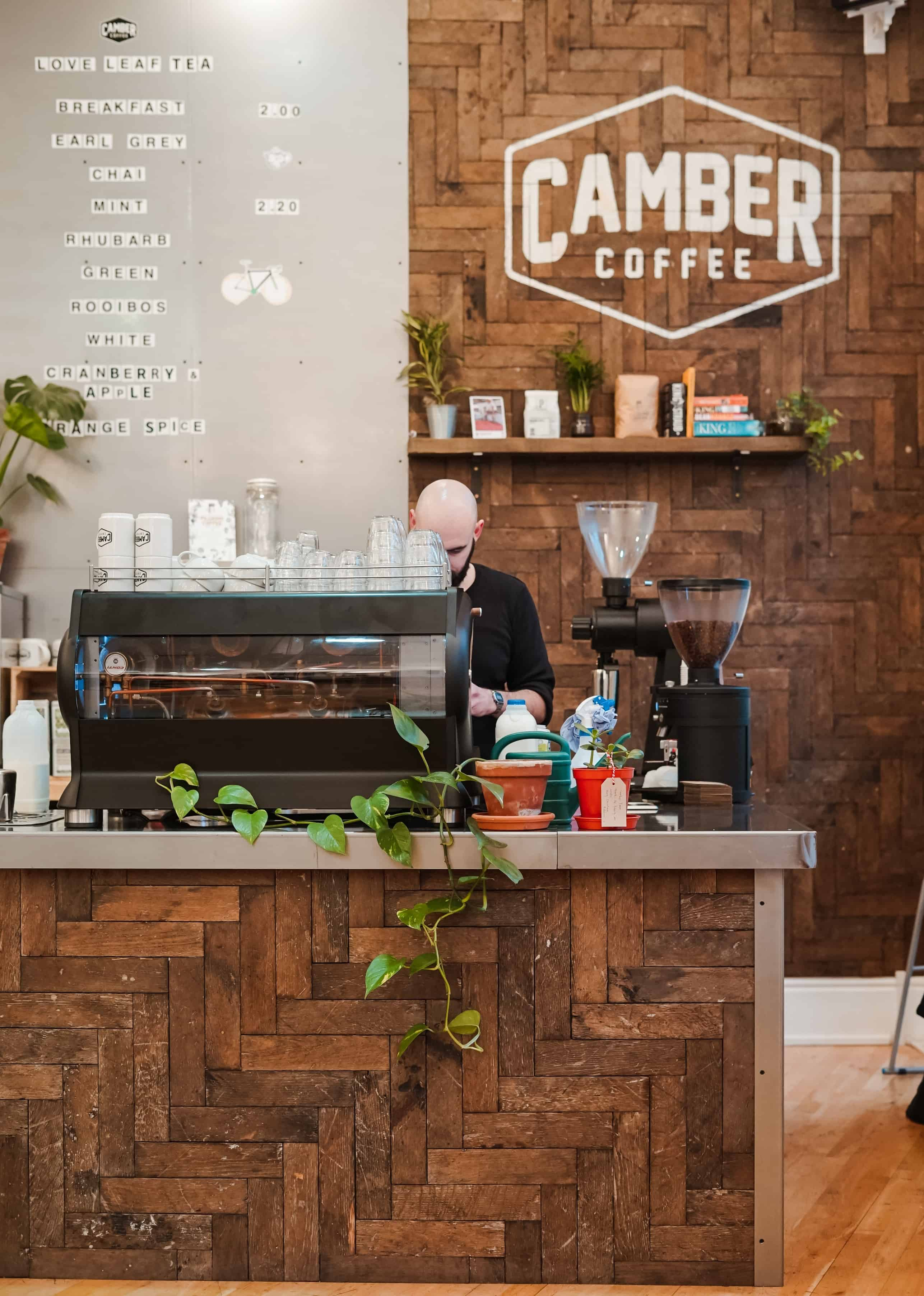 Tools For Tracking Employee Performance at Your Cafe